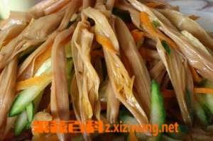 干黄花菜怎么做好吃 干黄花菜的食用方法